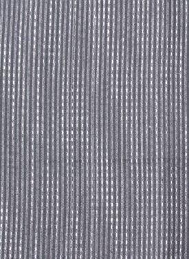 grey scarve close up.jpg